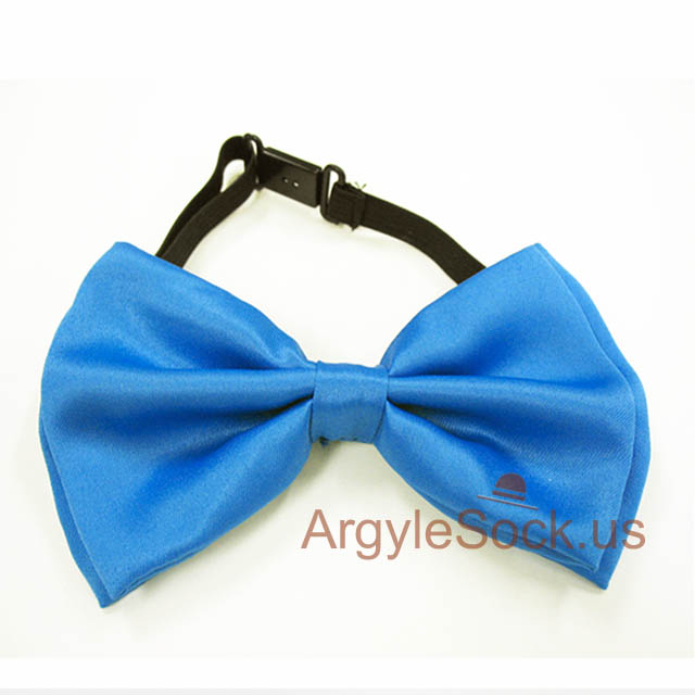 bright blue bow tie for groomsmen
