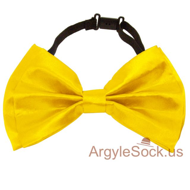 chap neon yellow wedding bow tie